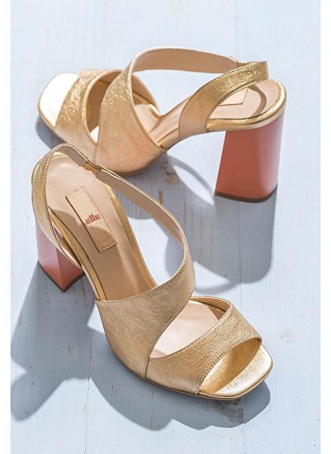 Elle Kalın Topuklu %100 Deri Ayakkabı Altın